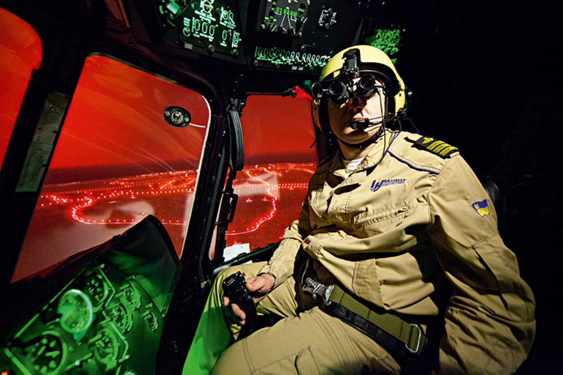 Gogle PNL-3 używane są m.in. przez firmę Helitraining specjalizującą się w szkoleniu pilotów śmigłowców, także na rzecz wojska i struktur bezpieczeństwa.