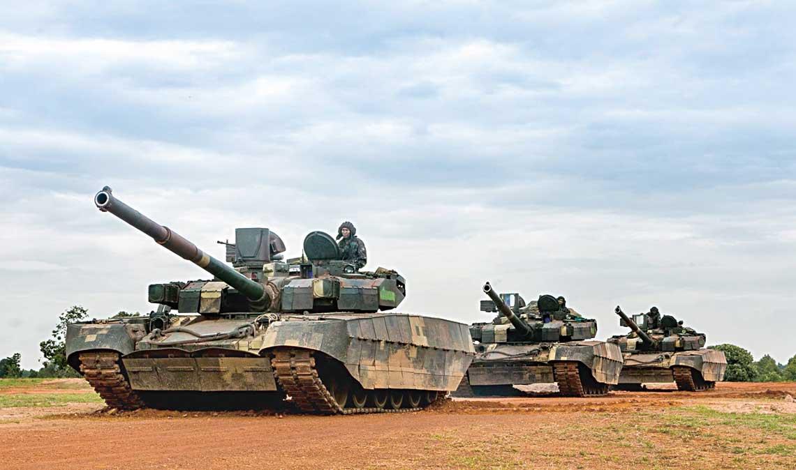 Zakup czołgów Opłot na Ukrainie miał zapoczątkować, rozłożony na wiele lat, program modernizacji wojsk pancernych Tajlandii, których znaczna część sprzętu pochodzi z lat 50. i 60. XX w.