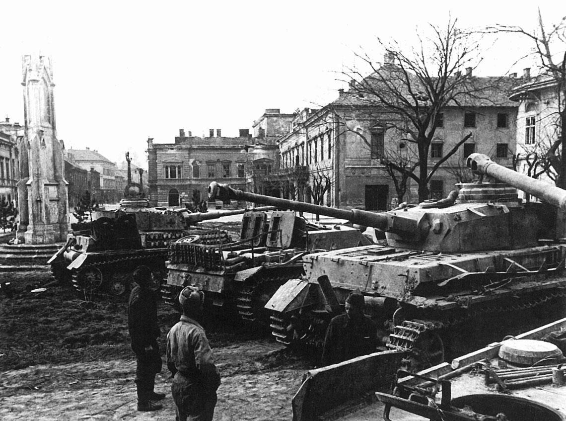 """Operacja """"Wiosenne przebudzenie"""". Bitwa nad jeziorem Balaton, 6-15 marca 1945 r."""