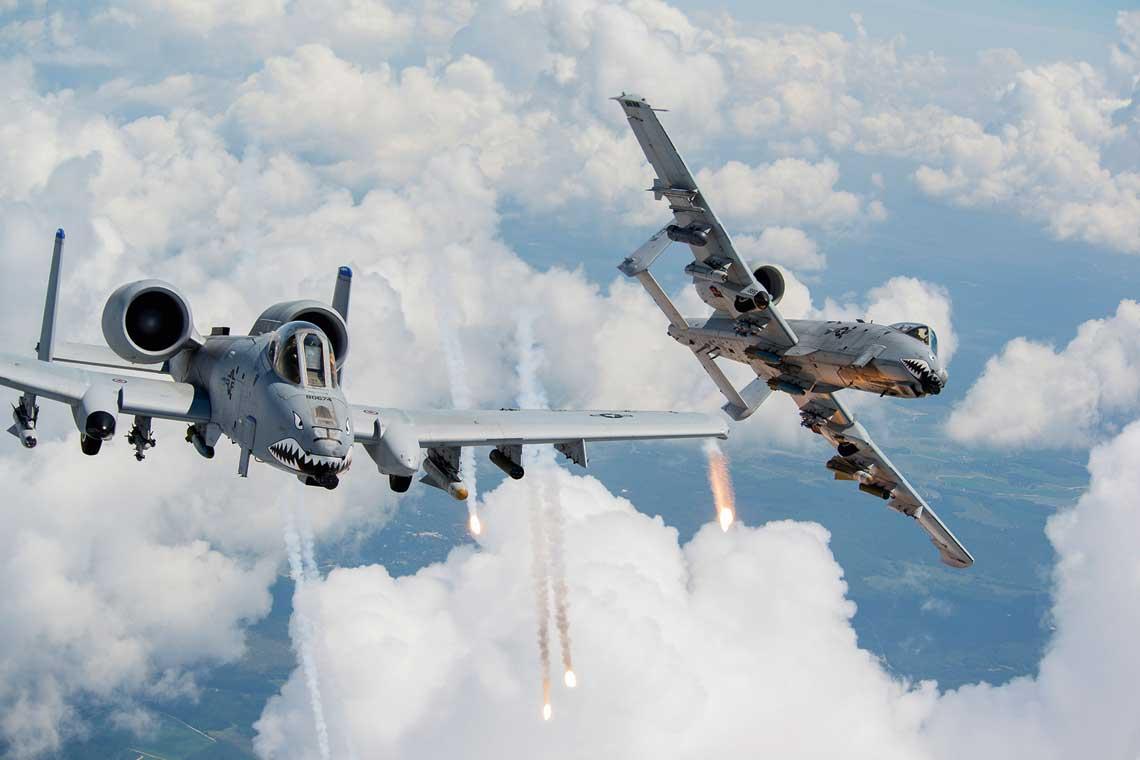 Pomimo wszystko, na początku kwietnia bieżącego roku zastępca szefa sztabu USAF ds. planowania strategicznego i zakupów Lt. Gen. Mike Holmes wspomniał, że Siły Powietrzne przygotowują się do opracowania założeń taktyczno-technicznych dla przyszłego samolotu szturmowego, który ewentualnie mógłby zastąpić A-10C.