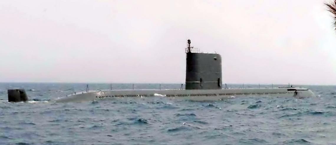 Okręt podwodny z wyrzutnią pocisków balistycznych Sinpo.
