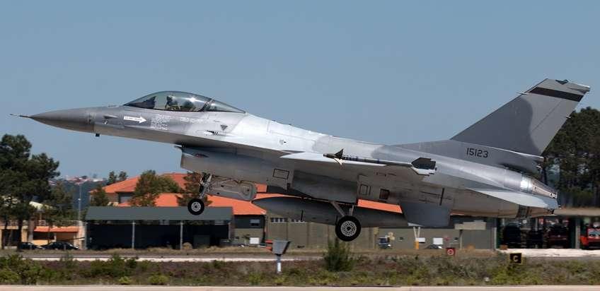 Obecnie OGMA mogą liczyć na dalsze zlecenia, gdyż nie tylko Rumuni, ale i Bułgarzy chcą zlecić jej modernizację eksamerykańskich F-16.