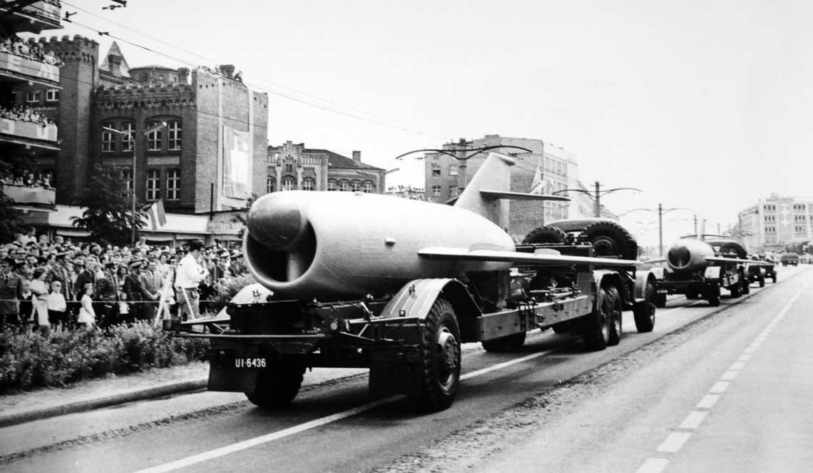 Pierwsza publiczna prezentacja systemu Sopka w Polsce. Defilada w Gdańsku Wrzeszczu, 27 czerwca 1965 r.