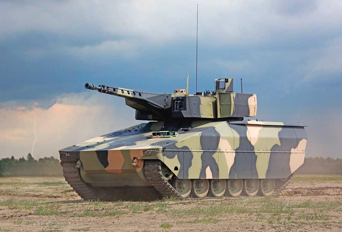 Nowy gąsienicowy bojowy wóz piechoty Lynx to propozycja trafiająca w lukę rynku, na którym brakuje bardzo dobrze chronionych i uzbrojonych pojazdów tej kategorii, na dodatek mogących przetransportować 8-osobowy desant. A to wszystko za znacznie niższą cenę niż SPz Puma.