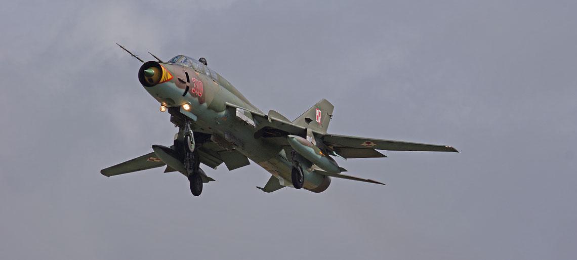 Su-22UM3K nr 310, na którym przeprowadzono pierwszy etap badań wytrzymałości struktury płatowca.