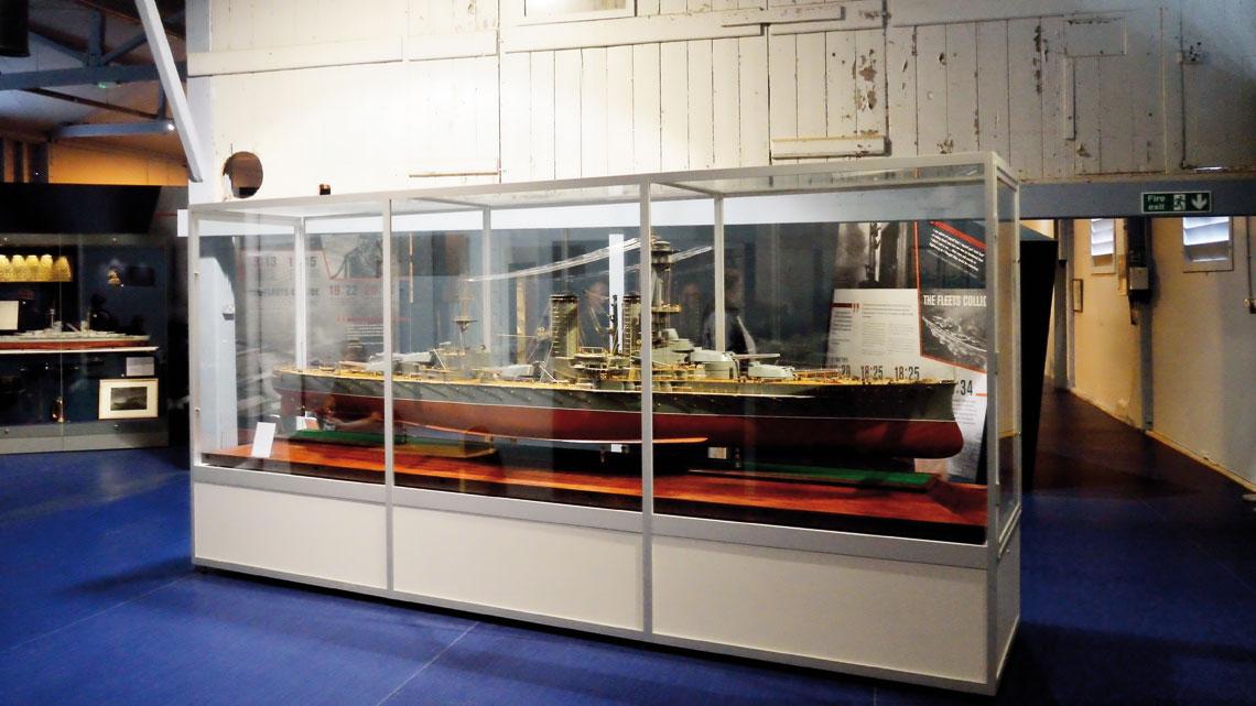 Obchody stulecia bitwy jutlandzkiej. Pancernik HMS Canada w całej okazałości.