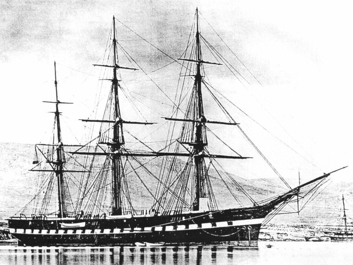 "70-działowa fregata Gienierał-Admirał w Tulonie w 1868 r. Fot. ""Kriejsiera Rossijskowo Impieratorskowo Fłota 1856-1917"""