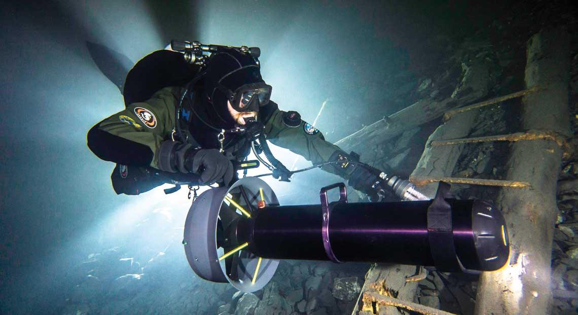 Krótka historia eksploracji głębin czyli kilka słów o skuterach podwodnych. Fot. Jacek Majek