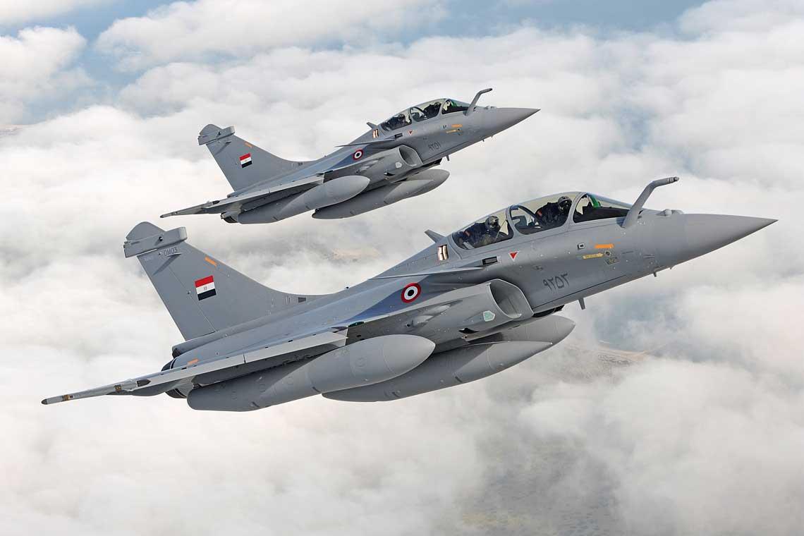 Poza Francją, dziś jedynie Egipt eksploatuje maszyny Dassault Rafale, które są sukcesywnie dostarczane od zeszłego roku. Katar pierwsze samoloty odbierze w połowie 2018 roku.