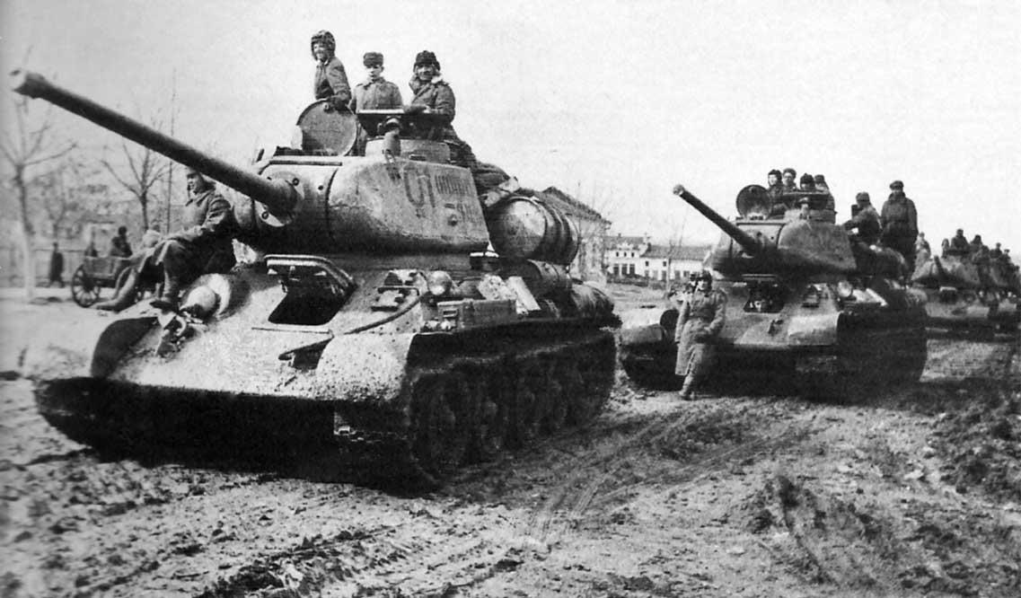 Dowództwo sowieckie dostrzegało możliwość okrążenia i zniszczenia wojsk niemieckich skoncentrowanych w okolicach Kiszyniowa siłami 2. Frontu Ukraińskiego i 3. Frontu Ukraińskiego.