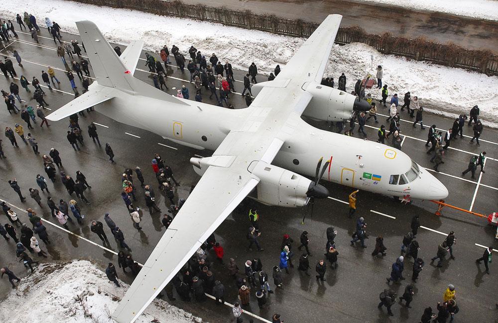 Nowy An-132D, pomimo zastosowania licznych komponentów zachodnich, nadal pozostaje kolejnym ogniwem w linii rozwojowej An-26.