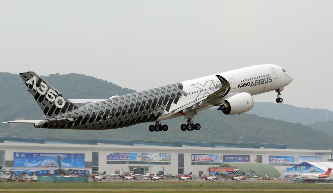 Samolot komunikacyjny Airbus A350 dostał w czasie wystawy 32 zamówienia od chińskich linii Air China, China Eastern i Sichuan Airlines oraz list intencyjny od China Aviation Supplies na jeszcze 10.