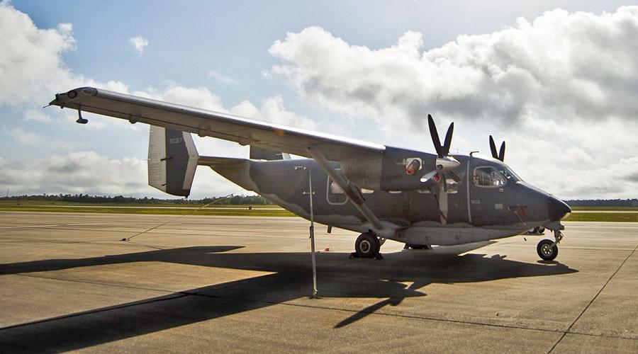 Część z C-145A otrzymała, po wycofaniu z 318th SOS, standardowy dla transportowych maszyn USAF szary kamuflaż.