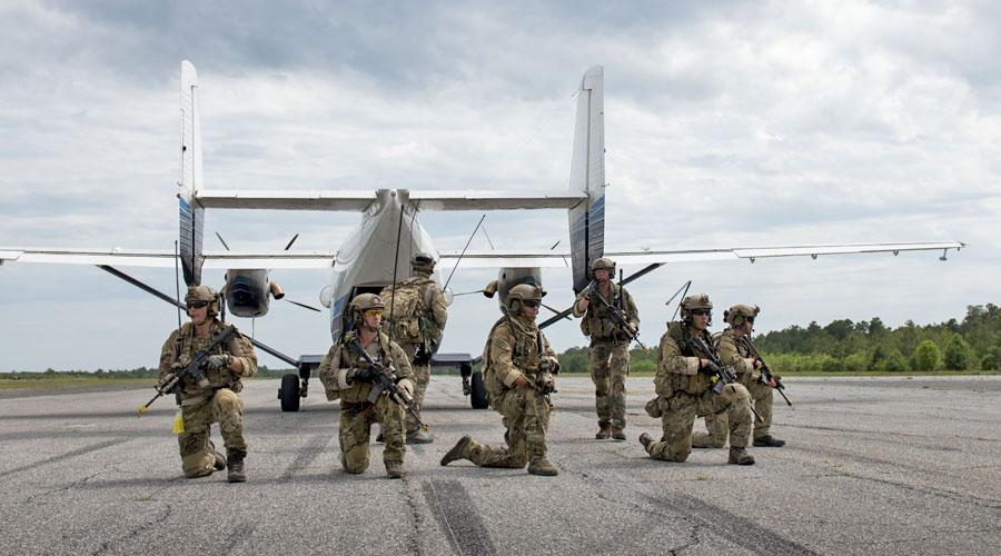 """Wydaje się, że epizod wykorzystywania wyprodukowanych w Polsce samolotów transportowych przez amerykańskich """"specjalsów"""" zakończy się bezpowrotnie na przestrzeni kilku kolejnych miesięcy."""