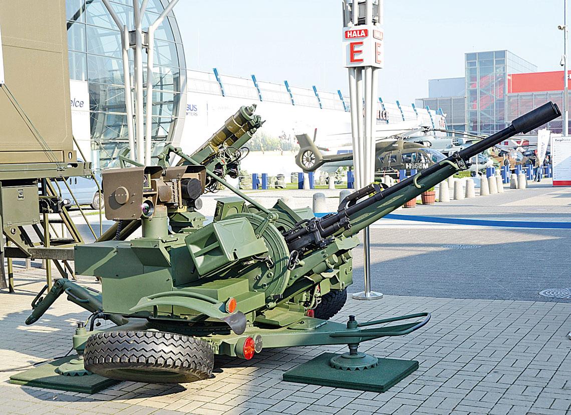Umowa na Pilicę podpisana. Drugi prototyp przeciwlotniczego zestawu rakietowo-artyleryjskiego ZUR-23-2SP (Jodek-SP) systemu PSR-A Pilica był prezentowany m.in. na tegorocznym MSPO.