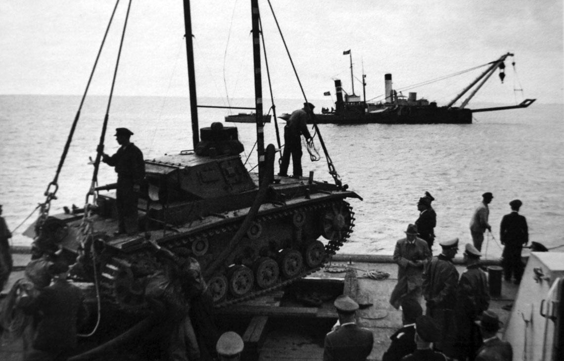 Tauchpanzer i Schwimmpanzer. Nietypowe wozy bojowe Panzerwaffe