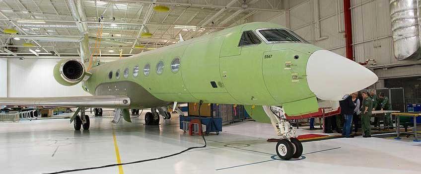 Samolot G550