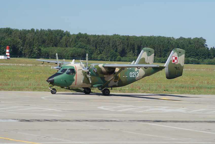 Samolot transportowy PZL Mielec M-28B/PT Bryza stacjonująca w 33. Bazie Lotnictwa Transportowego w Powidzu.