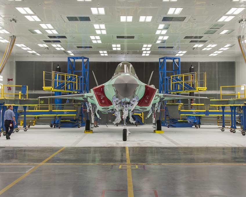 Wielozadaniowy samolot bojowy F-35 Lightning II.
