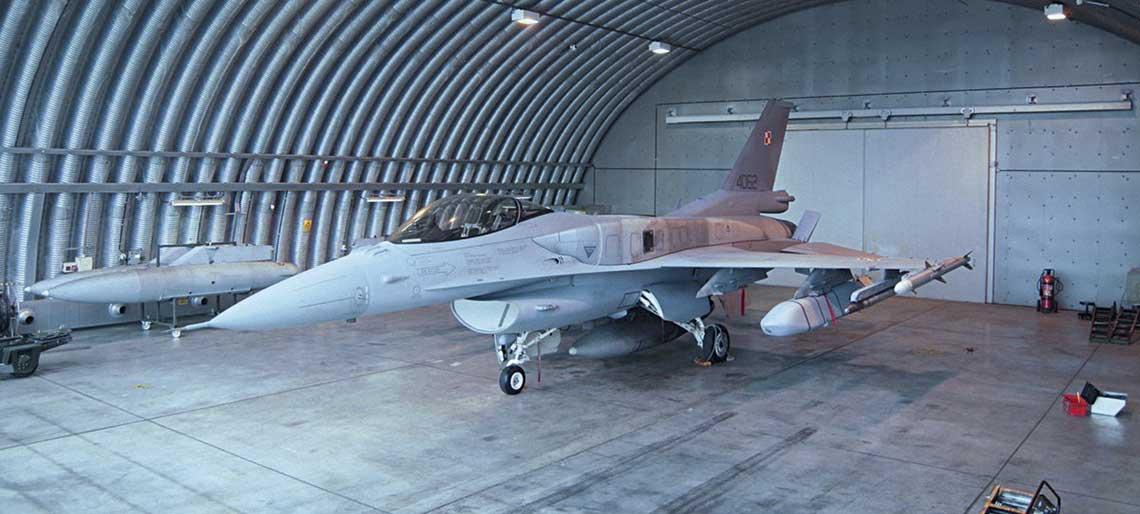 samolot F-16 Jastrząb