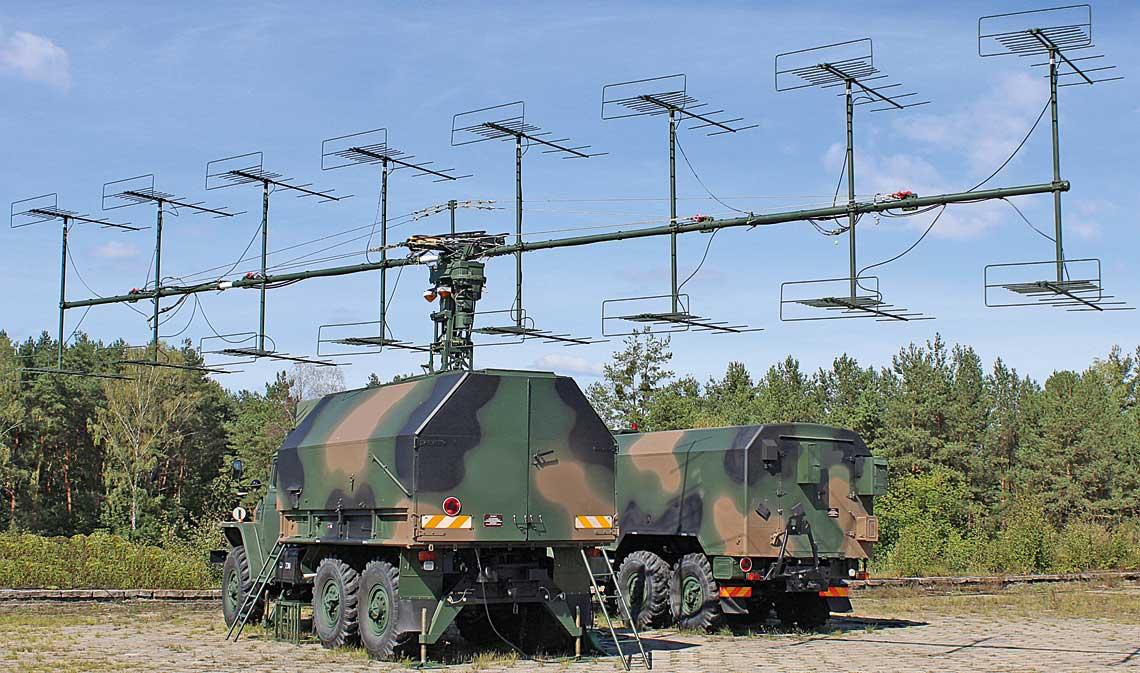 Jedna z dwóch stacji radiolokacyjnych P-18 Laura