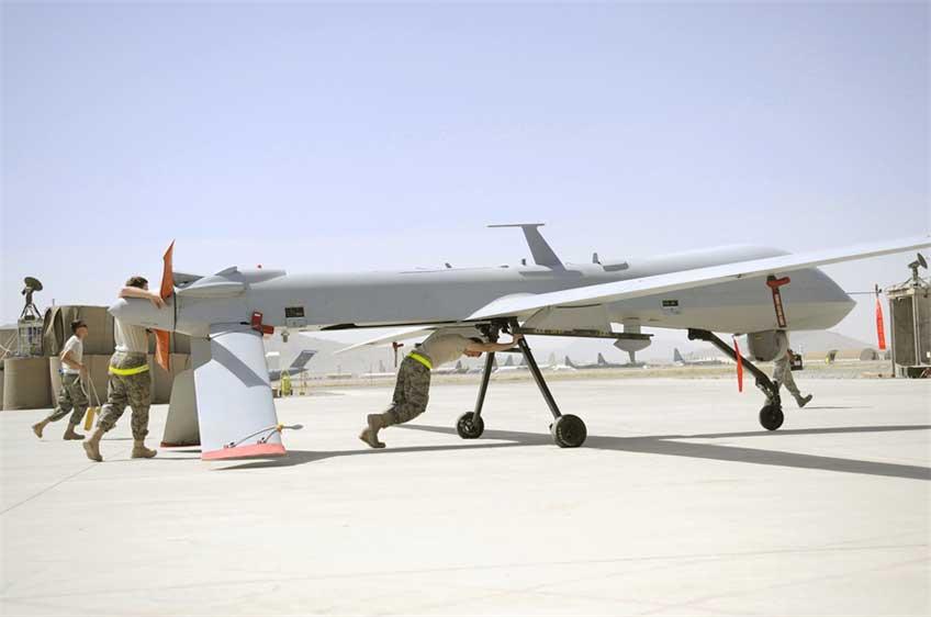 Zestaw bezpilotowych aparatów latających General Atomics RQ-1E Predator