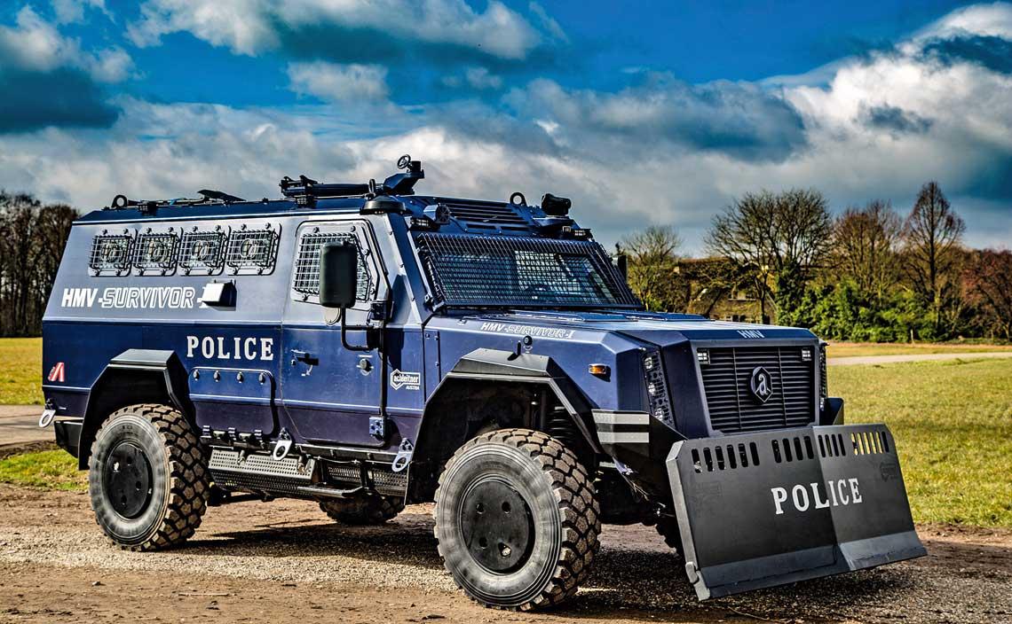 HMV Survivor I firmy Achleitner Fahrzeugbau und Reifenzentrum GmbH to jedna z konstrukcji, która powinna być poważnie brana pod uwagę w przetargu na Lekki Transporter Opancerzony dla pododdziałów antyterrorystycznych Policji.