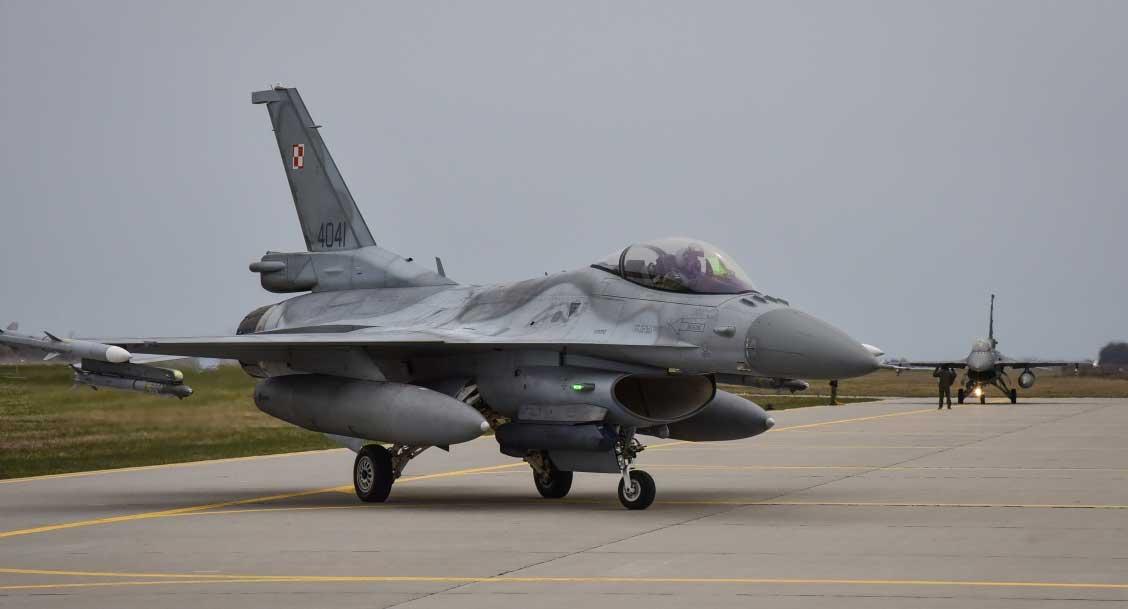 F-16 to dziś najnowocześniejszy samolot bojowy polskiego lotnictwa wojskowego. Fot. Arnas Glazauskas