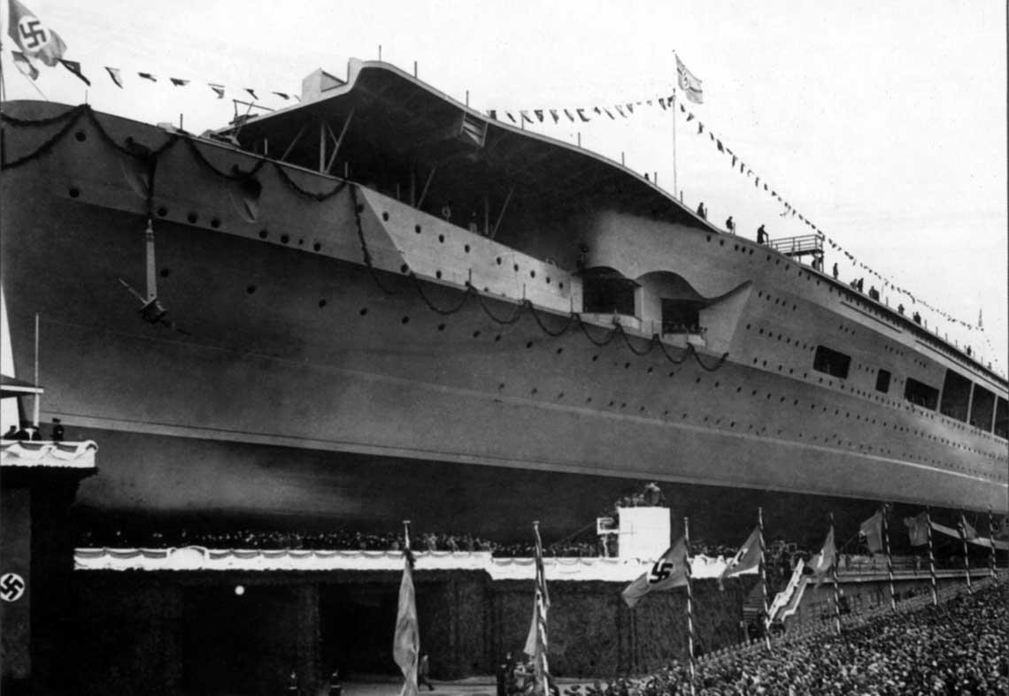 Uroczyste wodowanie lotniskowca Graf Zeppelin 8 grudnia 1938 r.