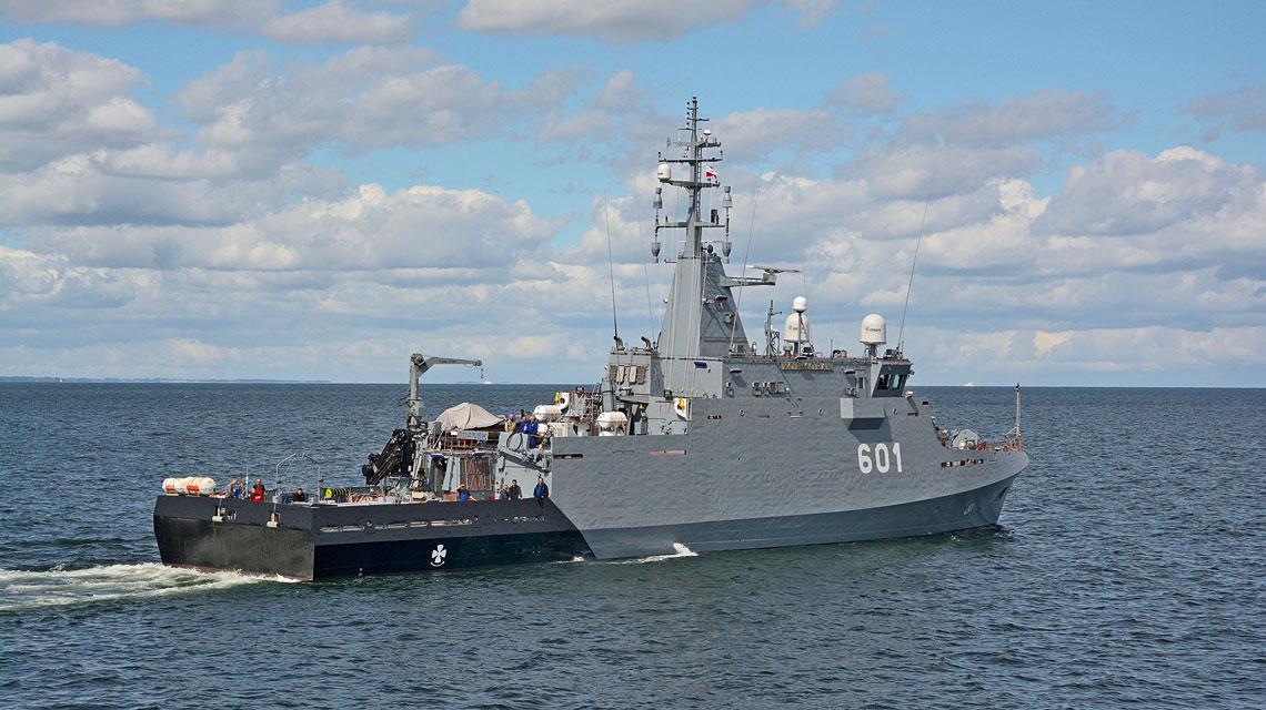 Kormoran podczas prób morskich. Badania wstępne zakończono w kwietniu, a w czerwcu rozpoczęły się badania kwalifikacyjne.