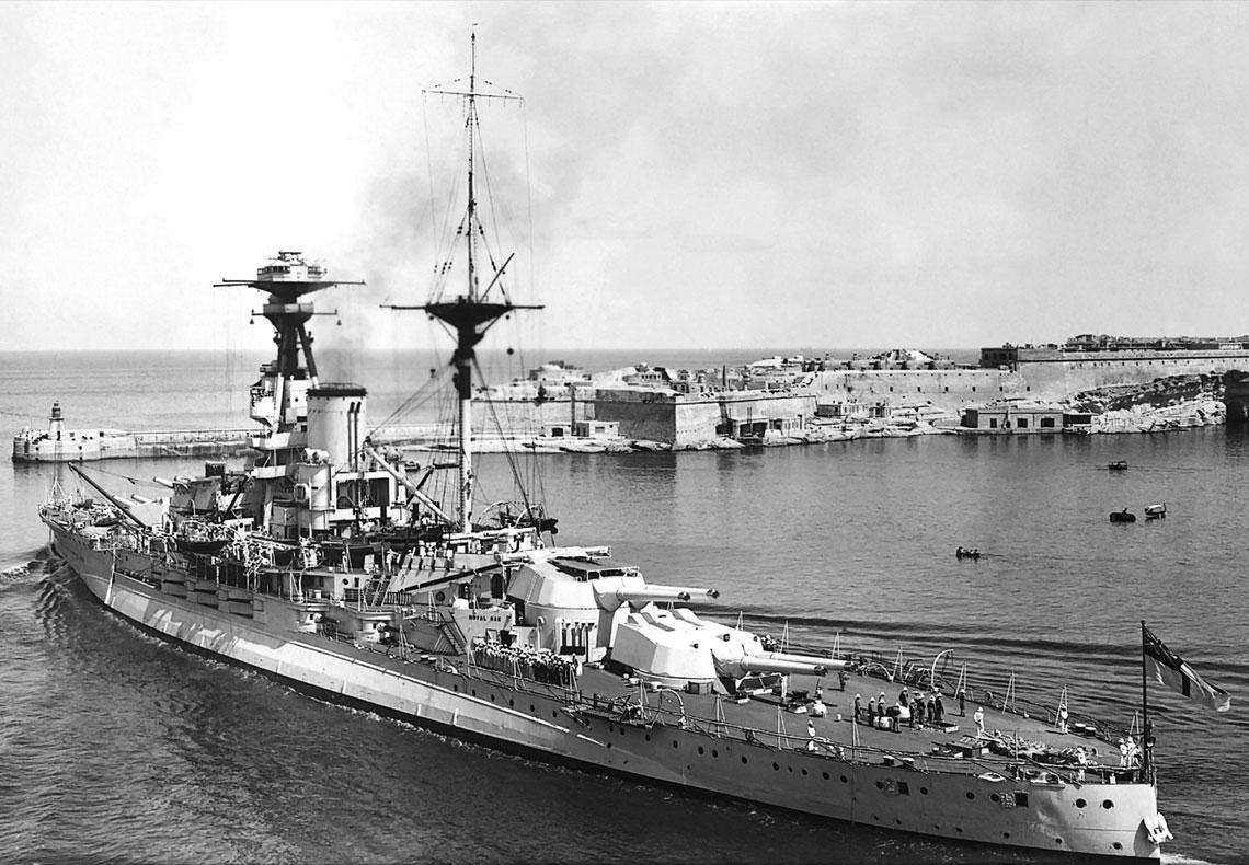 Niezatapialny lotniskowiec. Malta w latach II wojny światowej