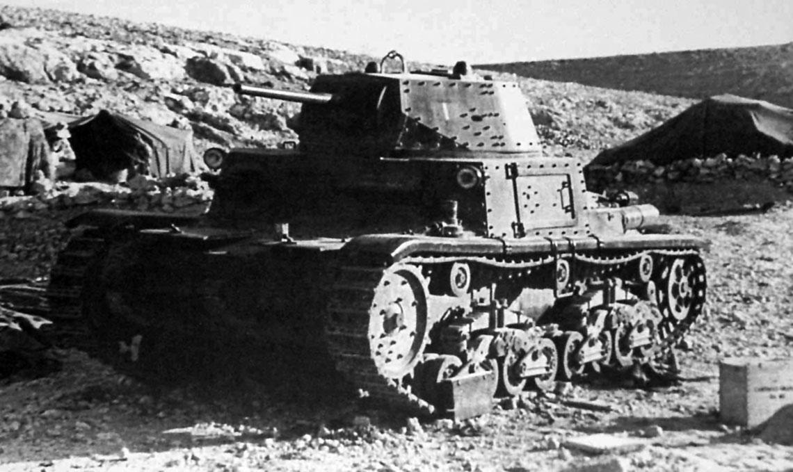 Następnym ogniwem w rozwoju włoskich czołgów średnich był M14/41 – najliczniej produkowany (895 szt.) włoski pojazd w swojej kategorii.