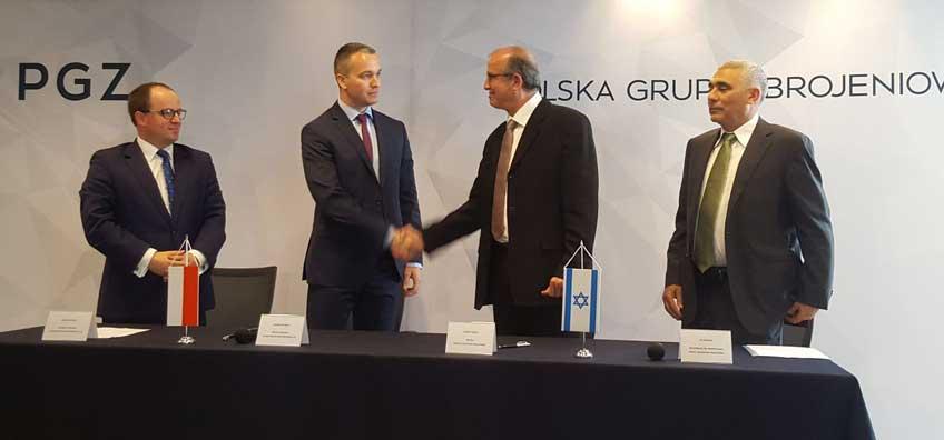 20 lipca br. Polska Grupa Zbrojeniowa S.A. oraz Israel Aerospace Industries Ltd. i ELTA Systems Ltd. (spółka zależna IAI) podpisały porozumienie o współpracy (Memorandum of Understaning), dotyczące m.in. systemów bezzałogowych statków powietrznych klasty taktycznej, walki elektronicznej oraz tankowców powietrznych platform powietrznych.