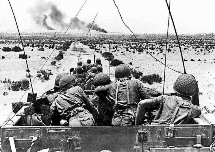 W trakcie wojny sześciodniowej 1967 r. Siły Obronne Izraela niemal całkowicie zniszczyły lotnictwo przeciwników i w znacznym stopniu osłabiły ich potencjał lądowy – jednak wszystkie te straty w ciągu kilku miesięcy zostały zrekompensowane dużymi dostawami uzbrojenia i sprzętu wojskowego z ZSRR.