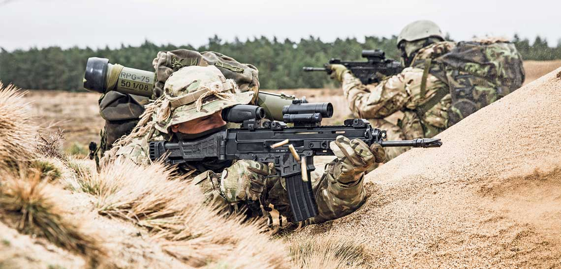 Karabinek automatyczny CZ BREN 2 w kalibrze 5,56×45 mm NATO został już przyjęty do uzbrojenia Sił Zbrojnych Republiki Czeskiej, zaś w odmianie na nabój 7,62×39 mm od niedawna użytkuje go francuska jednostka specjalna GIGN.