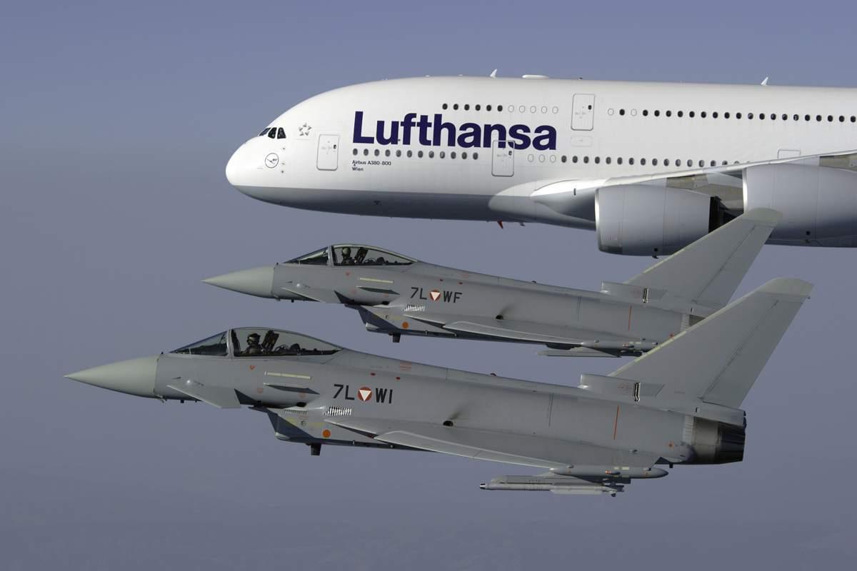 Władze Austrii podjęły decyzję o wycofaniu ze służby samolotów Eurofighter Typhoon, które są zbyt drogie w eksploatacji. Nowe maszyny, w liczbie 18 sztuk, mają pełnić rolę Air Policing nad obszarem kraju. Fot. Eurofighter GmbH.