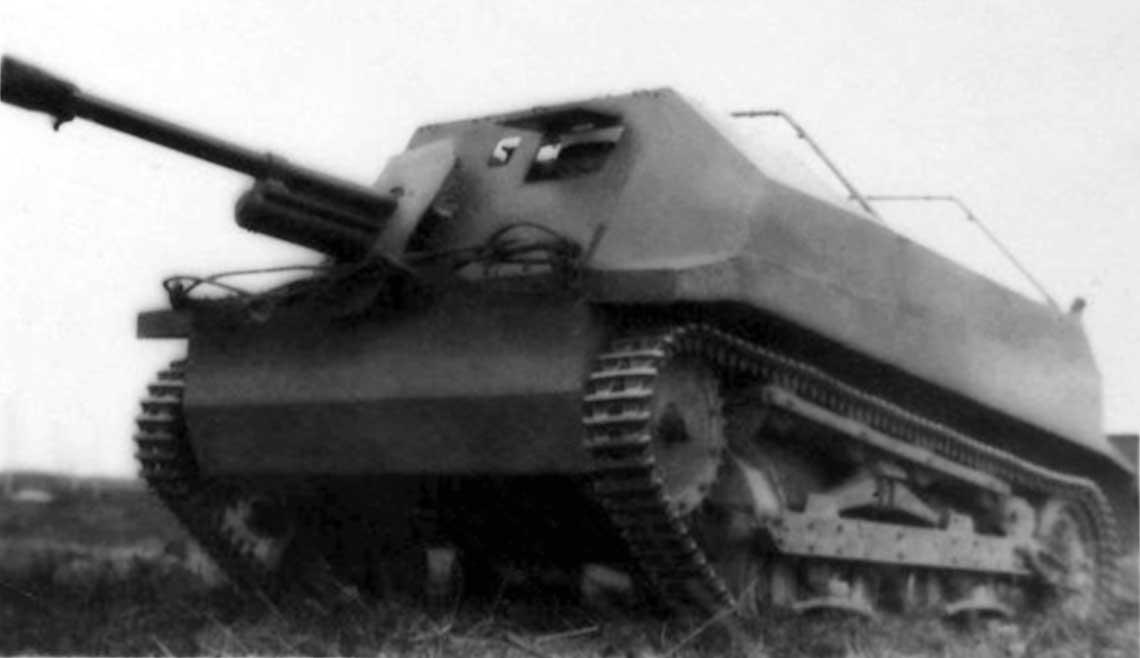 Pierwsza wersja samobieżnego działa przeciwpancernego TKS-D.