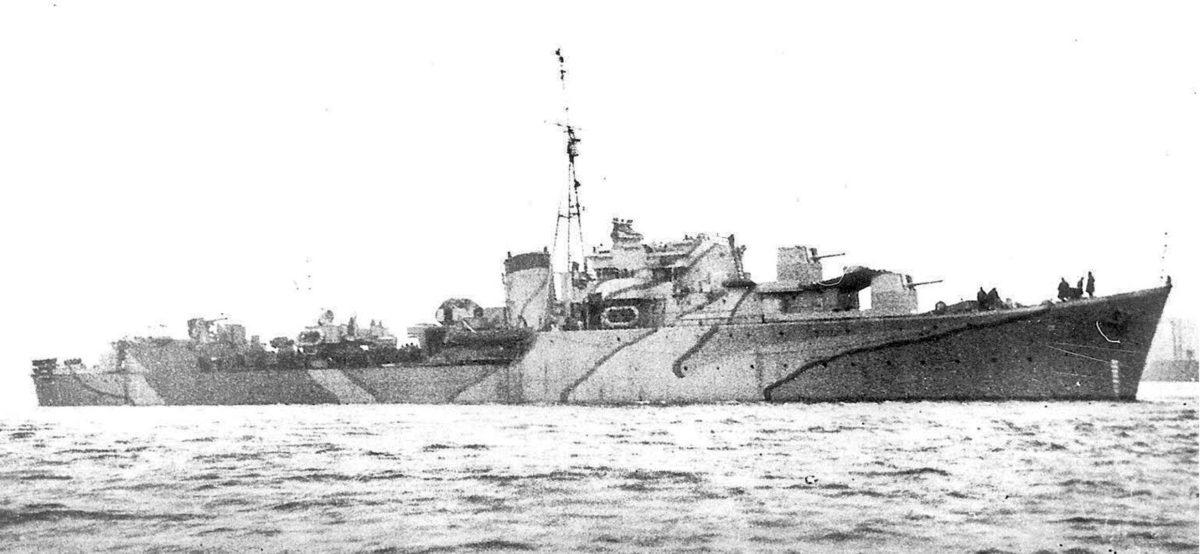 Brytyjski niszczyciel Pakenham, jeden z dwóch okrętów, które 16 kwietnia 1943 r. poszły na dno w rezultacie nocnego starcia u zachodnich brzegów Sycylii. Fot. zbiory Grzegorza Nowaka