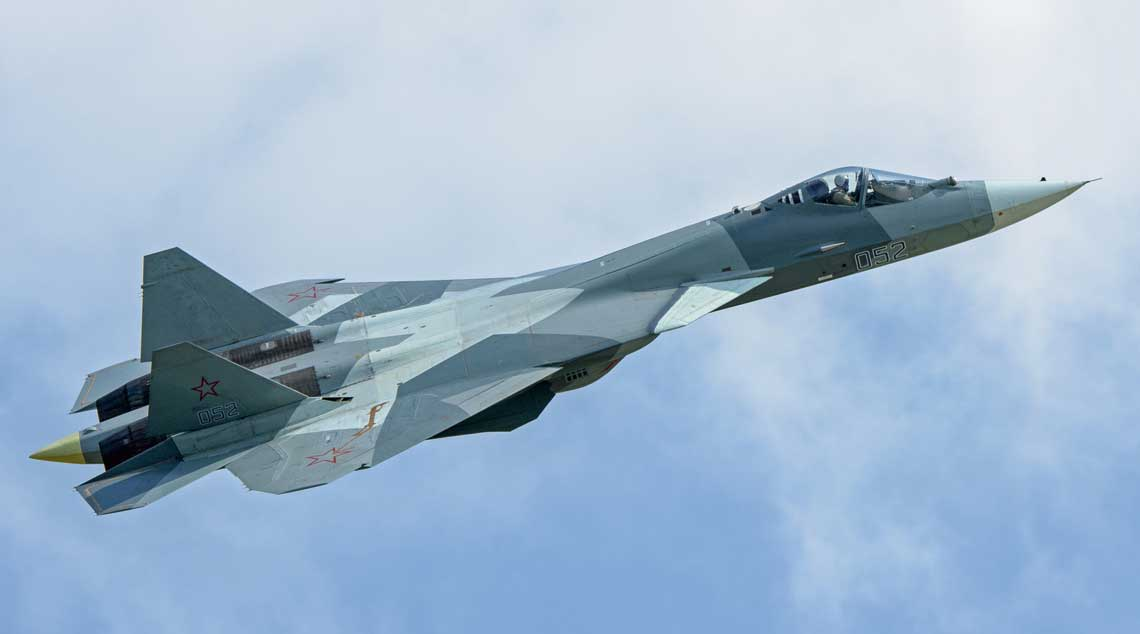 Podczas wystawy MAKS 2017 komisja państwowa rekomendowała wykonać wstępną partię myśliwców piątej generacji T-50, a jednocześnie przydzielono im nowe oznaczenie Su-57.