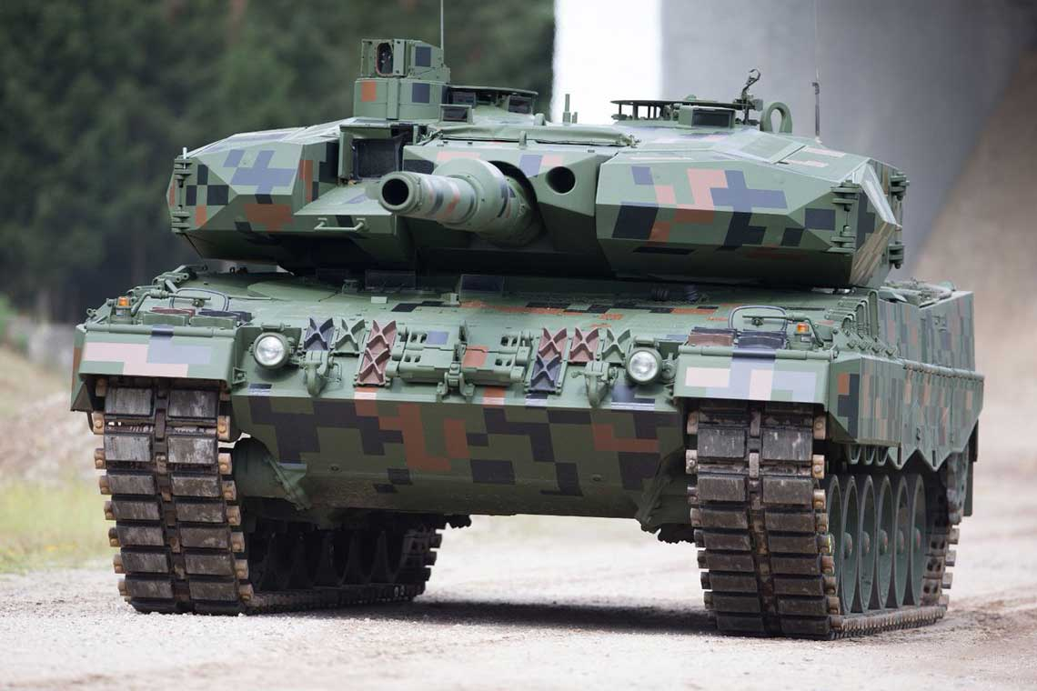 Modernizacja czołgów Leopard 2A4 do standardu 2PL odbywa się we współpracy zniemieckim Rheinmetallem.