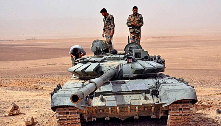 T-72B3 wrejonie Palmyry, kwiecień 2017r. Niemal na pewno pododdział należy do syryjskiego 5.Korpusu.