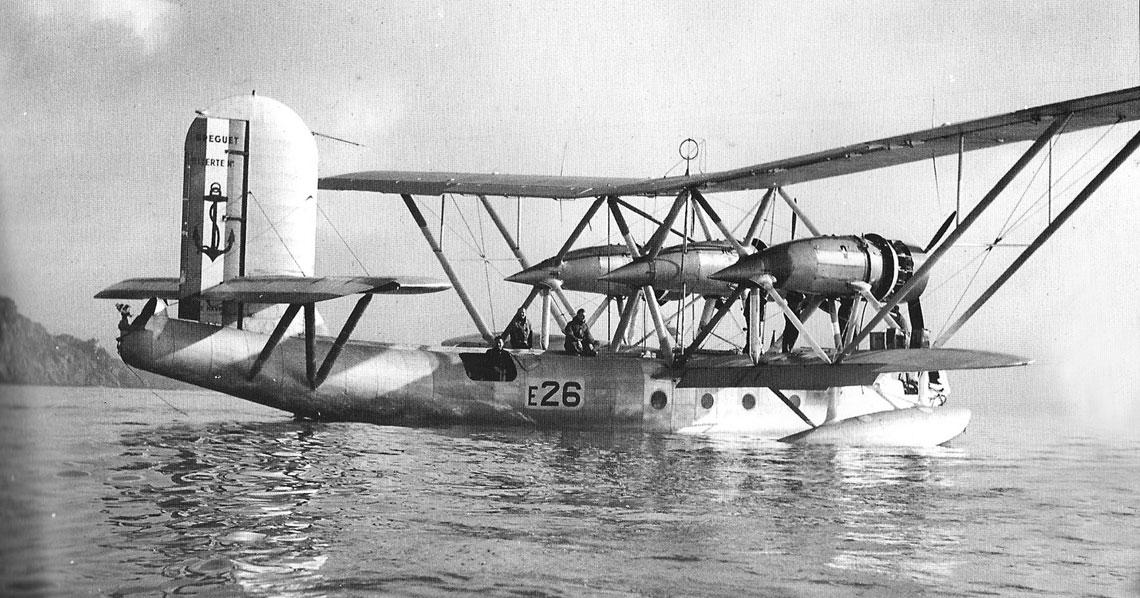 W momencie wybuch wojny z Niemcami 3 września 1939 r. łodzie latające Breguet Bre.521 Bizerte były najliczniejszymi maszynami w eskadrach dalekiego rozpoznania francuskiego lotnictwa morskiego i po czerwcu 1940 r. pozostały w wyposażeniu jednostek podległych rządowi Vichy.