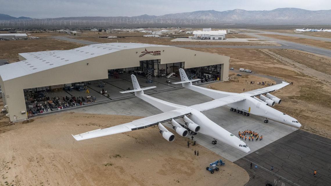 Roc - największy samolot świata, nosiciel rakiet Pegasus.