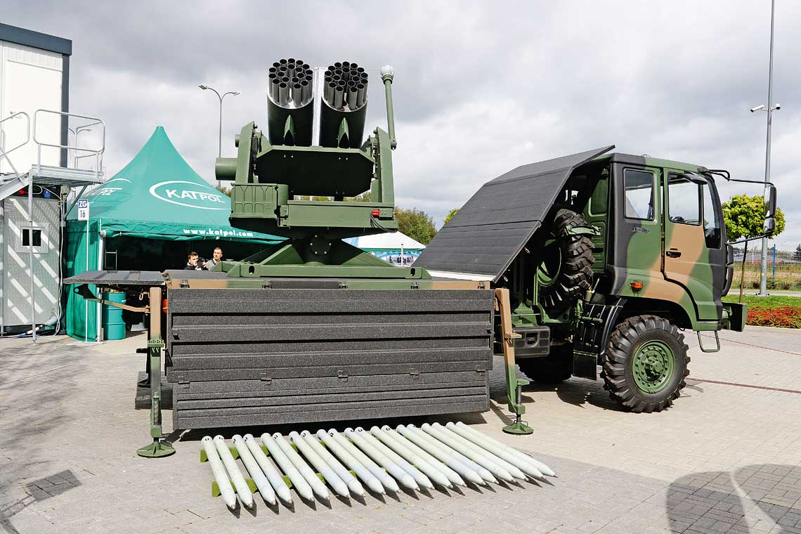 Wieloprowadnicowy zestaw rakietowy ZRN-01 Stokrotka to wspólne dzieło polskich i ukraińskich przedsiębiorstw przemysłu obronnego. Na obecnym etapie potencjalnym kontrahentem są Siły Zbrojne Ukrainy, ale może on znaleźć także odbiorców w wielu innych krajach.