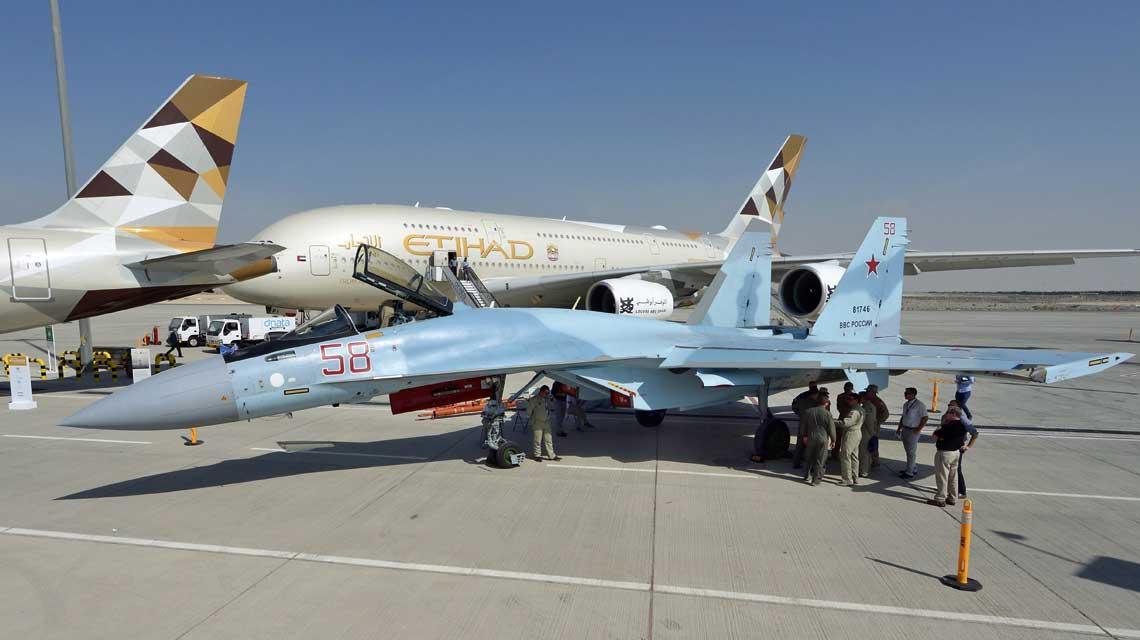 Su-35S (RF-81746), który wystąpił w Dubaju, należy do partii wyprodukowanej jesienią 2016 r. dla 159. plm w Biesowcu.  Ten samolot odłączył się od grupy i trafił do LII w Żukowskim dla dodatkowych prób.  Fot. Piotr Butowski