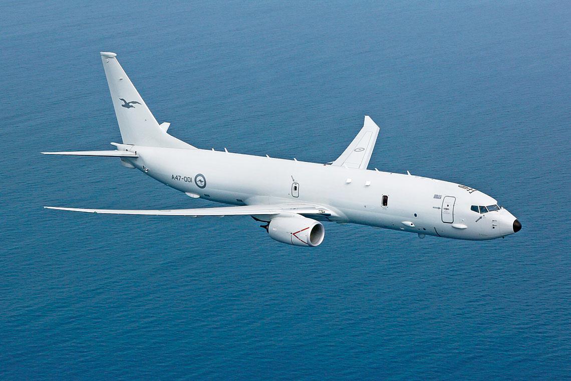 Najliczniejsza militarna wersja 737 jest dzis P-8 Poseidon, ktory zostal zakupiony przez: Stany Zjednoczone, Indie, Australie, Norwegie i Wielka Brytanie. Dodatkowo budzi zainteresowanie Nowej Zelandii i Arabii Saudyjskiej oraz jest promowany takze w Polsce.
