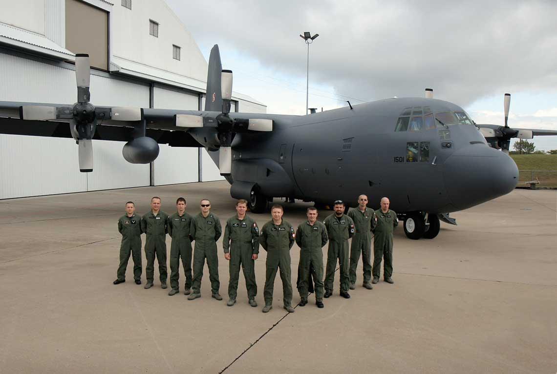 Pierwsza grupa pilotow przeszkolonych w Stanach Zjednoczonych  na C-130E Hercules.