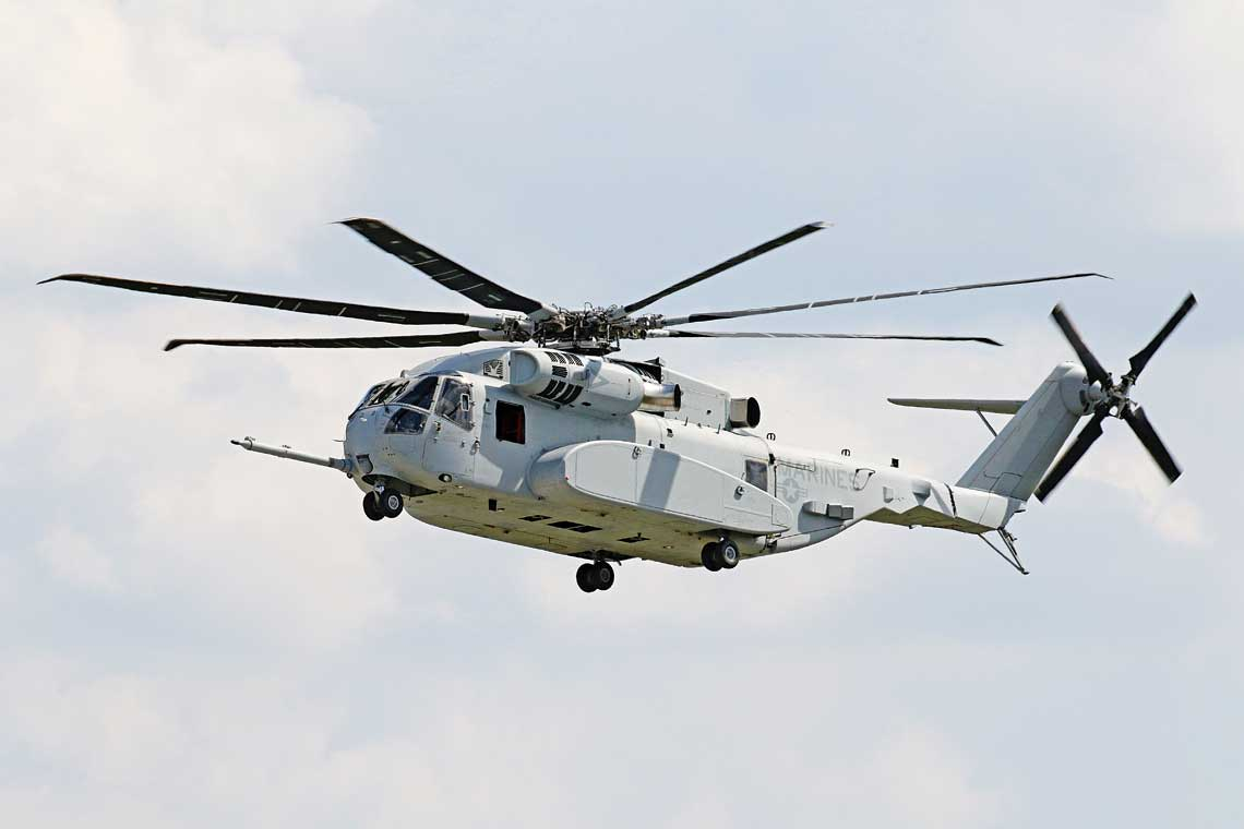 Sikorsky CH-53K King Stallion był prezentowany po raz pierwszy poza Stanami Zjednoczonymi, co pokazuje wage, jaka amerykanski producent przywiazuje do rywalizacji wNiemczech, mogacej mieć kluczowe znaczenie dla eksportowych sukcesow smiglowca.