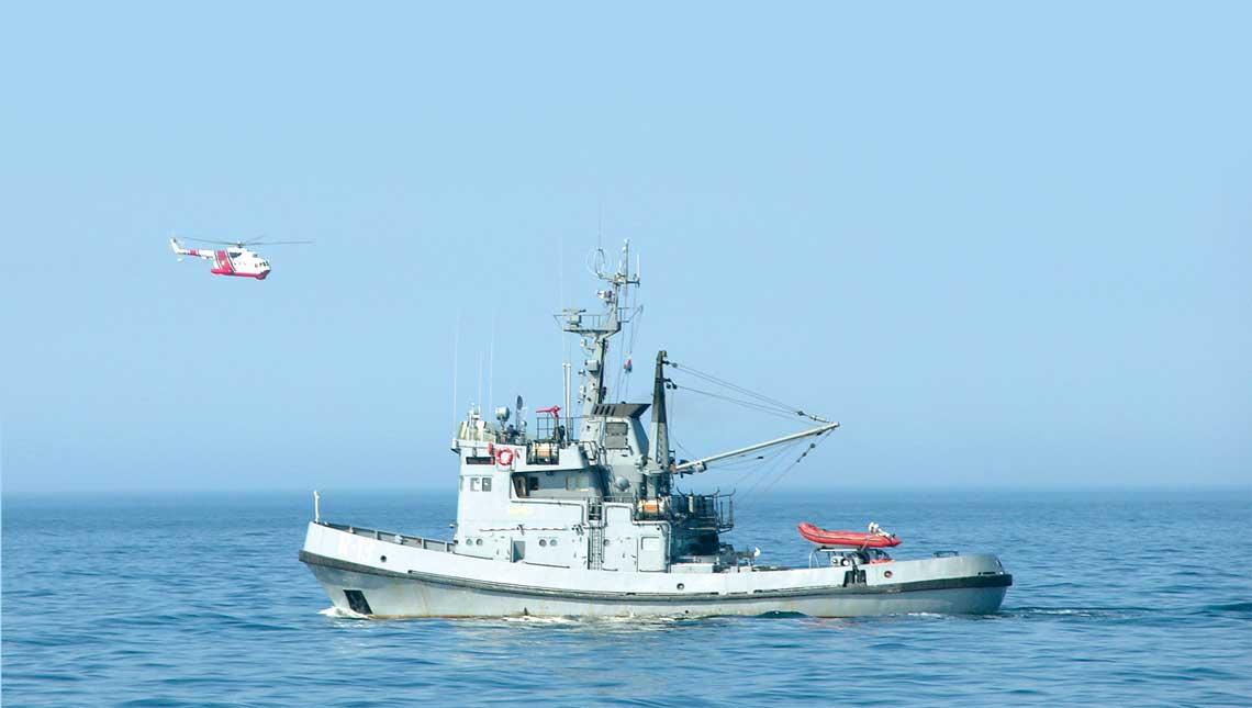 ORP Semko wspolpracuje ze  smiglowcem ratowniczym Mi-14PS  w trakcie cwiczeń ratowniczych.  Dzis nie ma juz w MW RP ani tych wiroplatow, ani okretow.