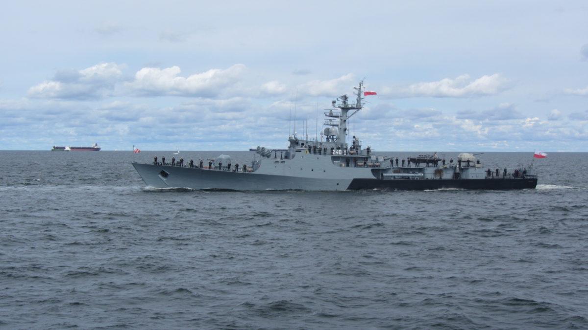 Święto Marynarki Wojennej – fotorelacja z parady morskiej 18